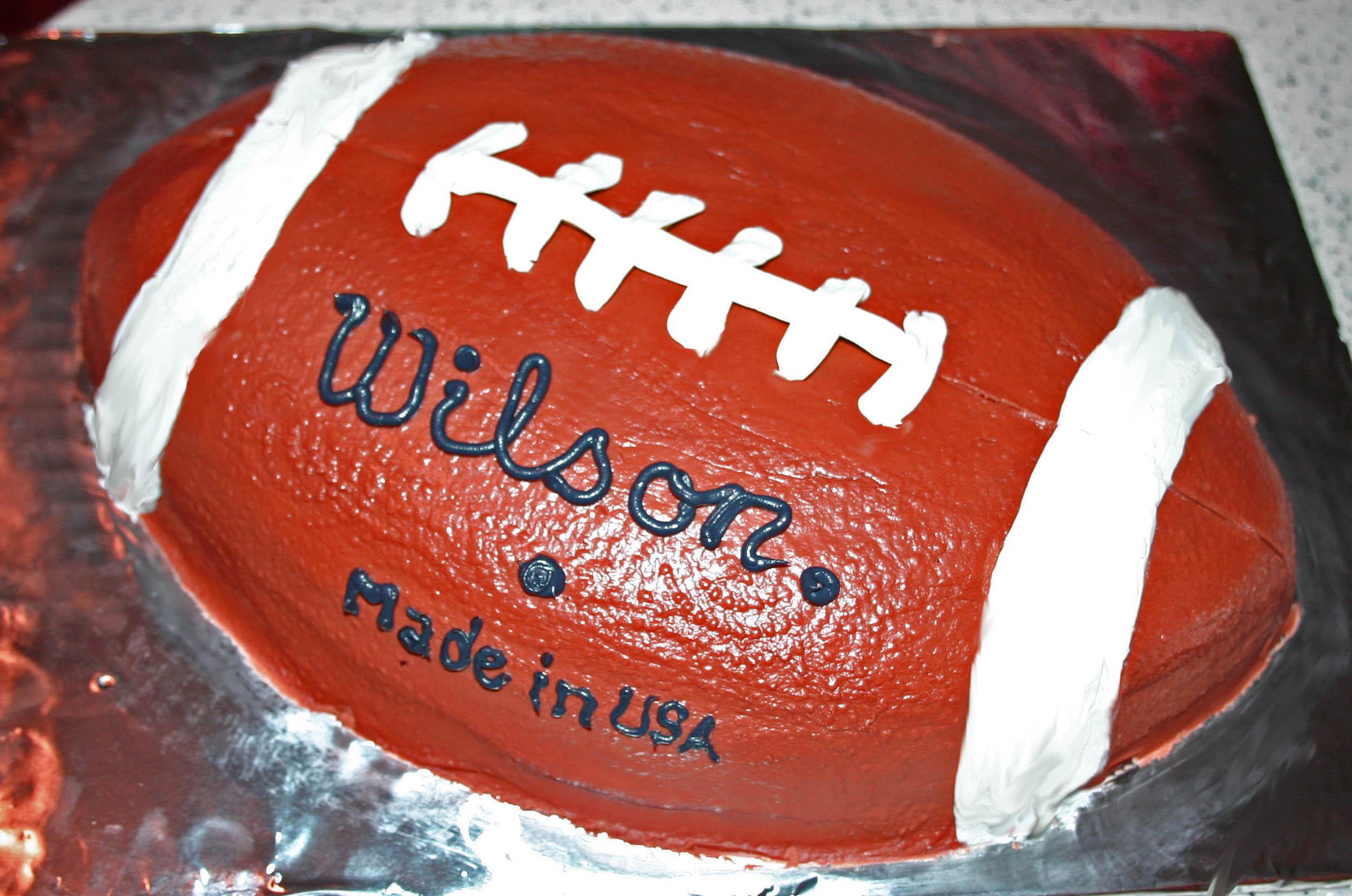 Cake Designs Of Football : Football Cake Cake Ideas and Designs